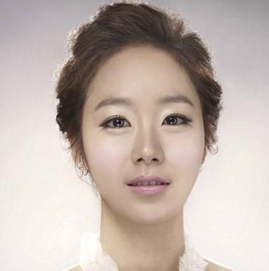 韩式婚纱照新娘发型推荐图片
