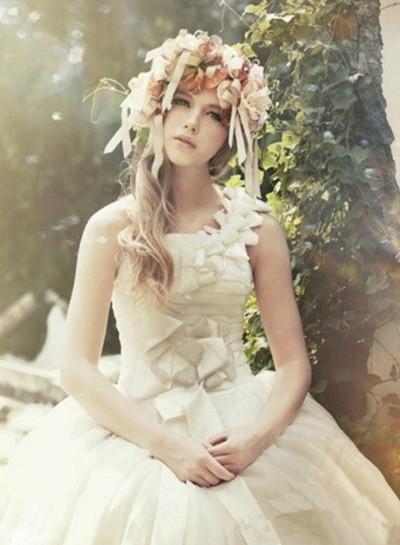 森系花环新娘造型